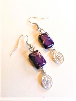 Orecchini diaspro viola e medaglietta piccola